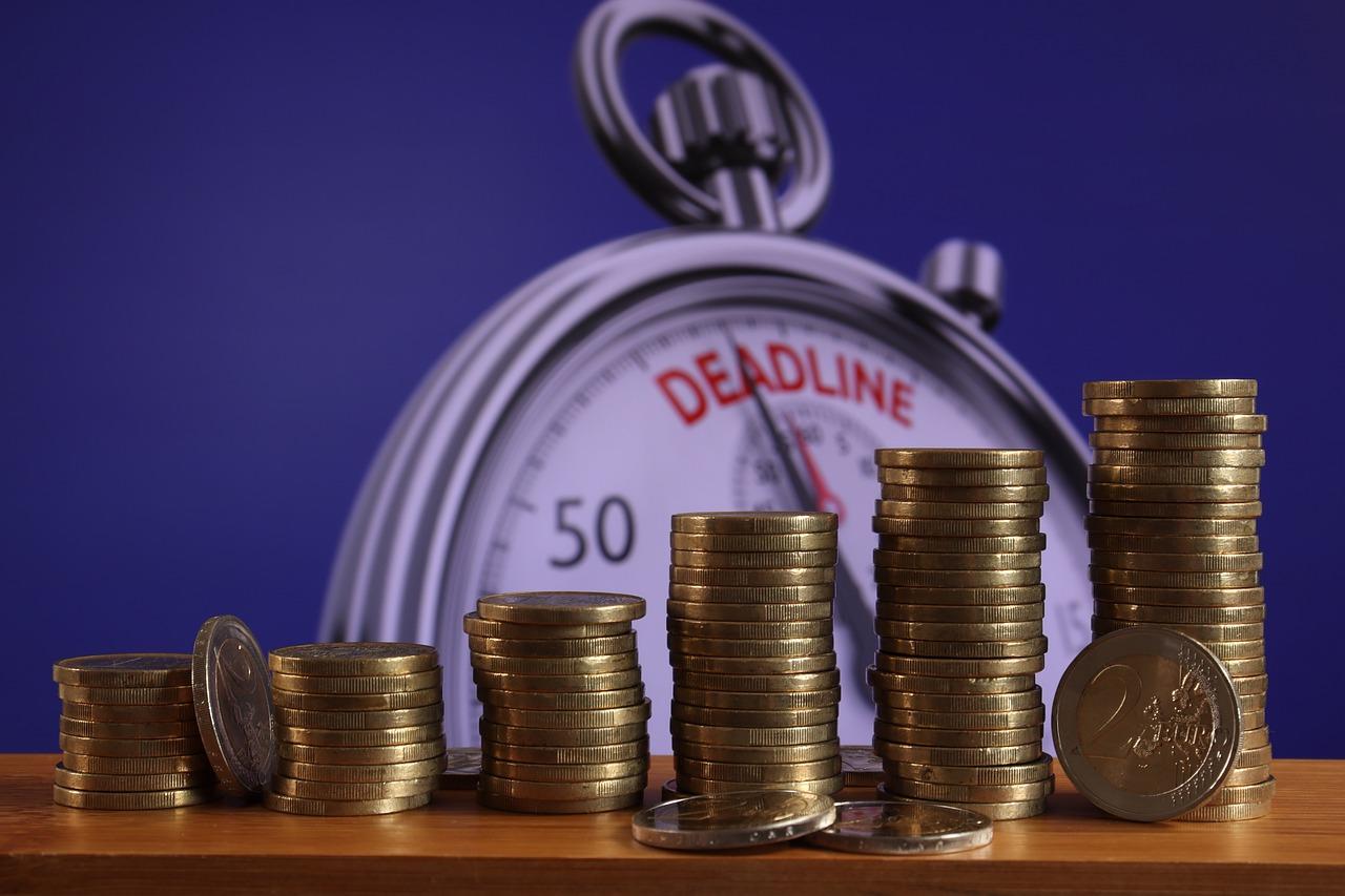 Deadline Debt Money Clock Pay  - geralt / Pixabay